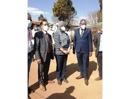 Health Minister Dr Zweli Mkhize visits KZN to assess healthcare facilities ahead of predicted spike in COVID-19 cases